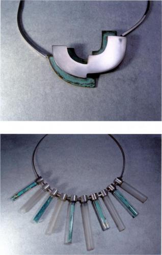 Colliers argent et cuivre oxydé